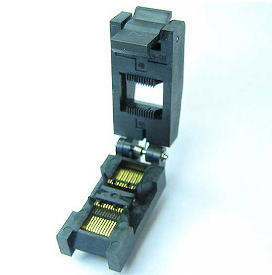 Enplas FP-24-0.65-01 - 24 pin closed top SSOP package test socket.