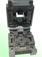Enplas FPQ-32-0.08-01 Closed top, 32 pin QFP test socket.